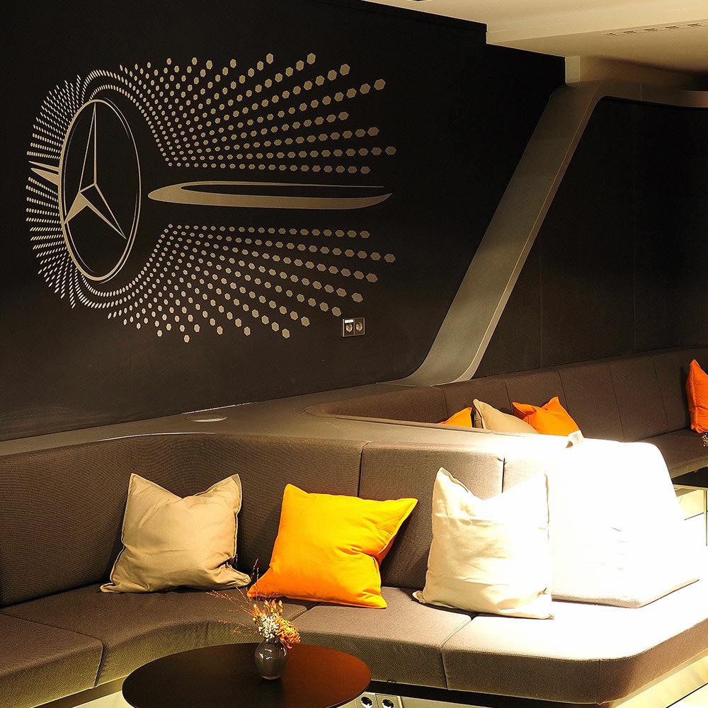Plotten, Wandgestaltung mittels Plot - Mercedes Benz Arena VIP Lounge