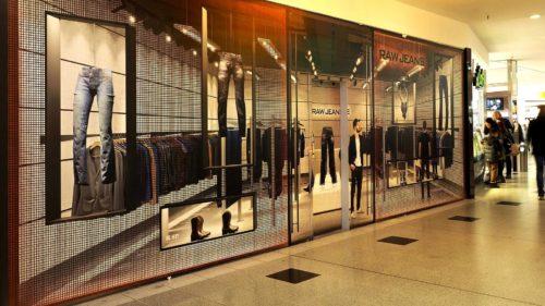Montage der Motive direkt auf Storefront, oder als Rahmenbespannung, Kedersystem uvm.