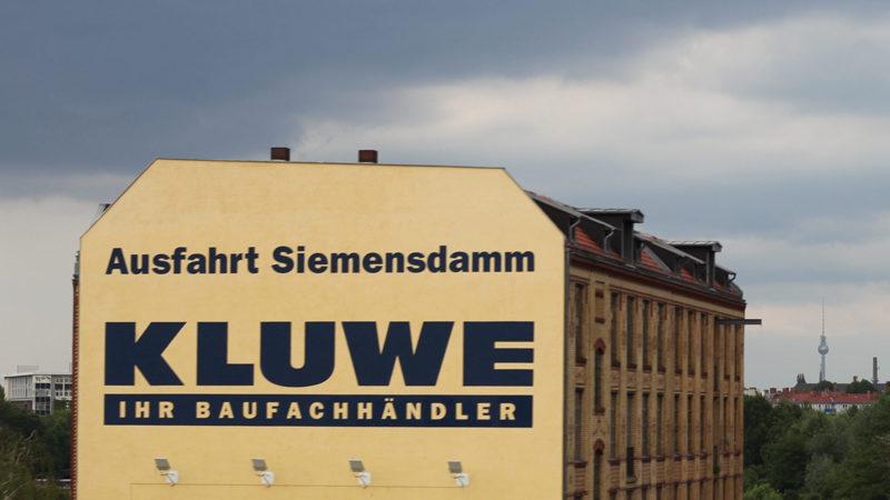 fassadenwerbung_kluwe_pos-werbeproduktion-berlin