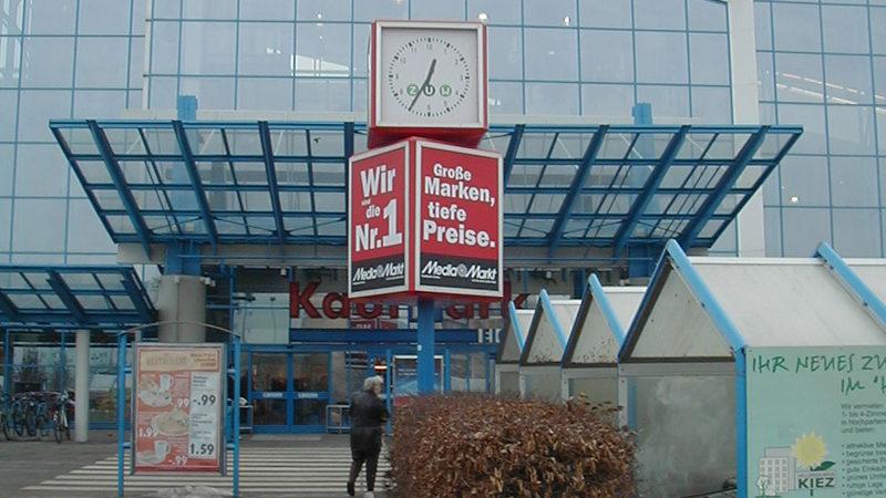 uhrenwerbung-dauerwerbung_mediamarkt_eckig_01_pos-werbeproduktion-berlin