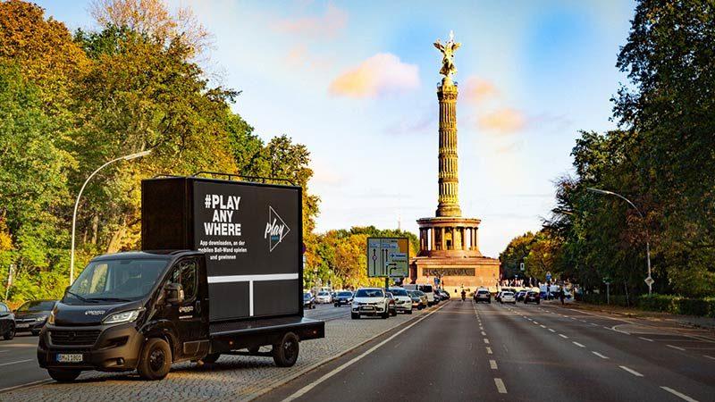 mobile-promotion_18-1-trucks_berlin-siegessäule